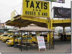 US-Boarder-taxi-stand